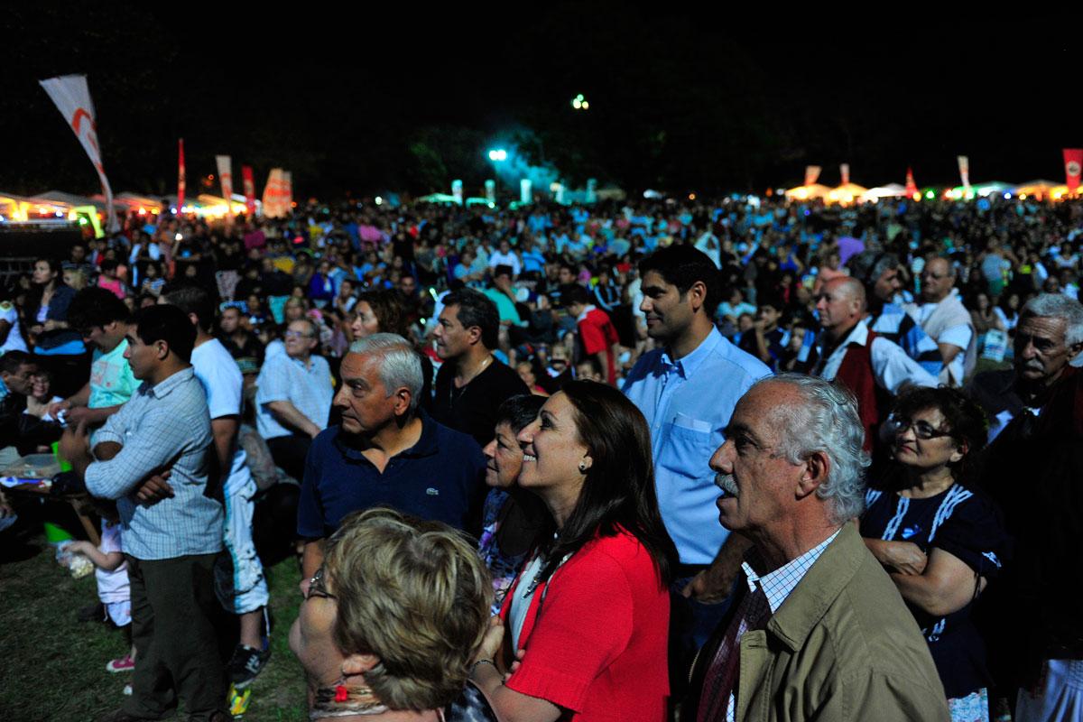 Fin De Semana Largo Festival De Quebradas Y Kermes En Isla De Los