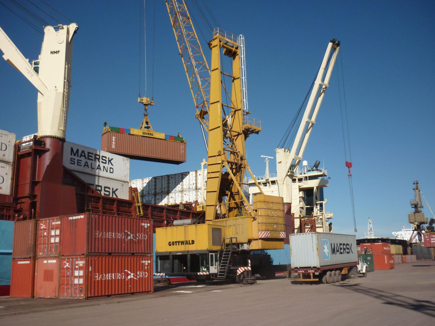 Intercambio comercial e integración sudamericana en la zona franca que Paraguay posse en el puerto de Rosario