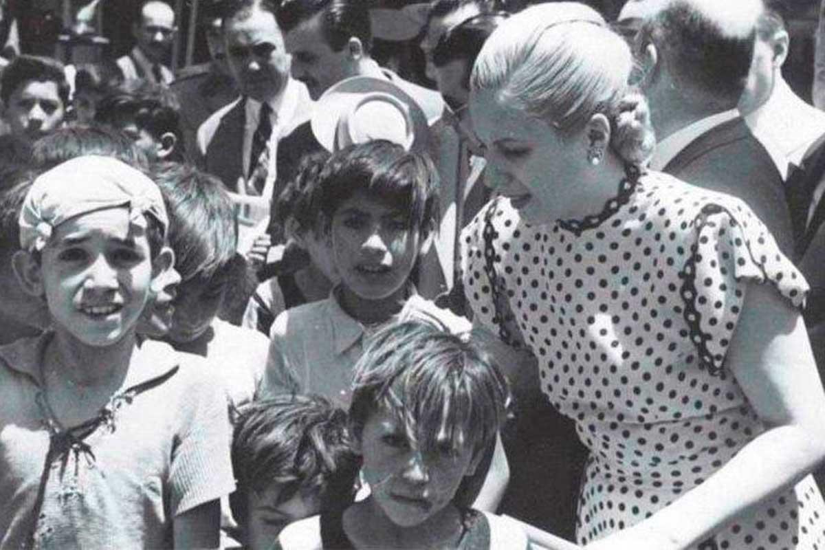 Un día como hoy, pero hace 96 años, nacía Eva Perón