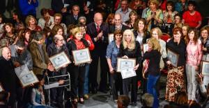 En el Día del Maestro la provincia distinguió a 99 referentes educativos de la provincia f1