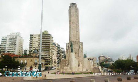 Día nublado y lluvioso en Rosario