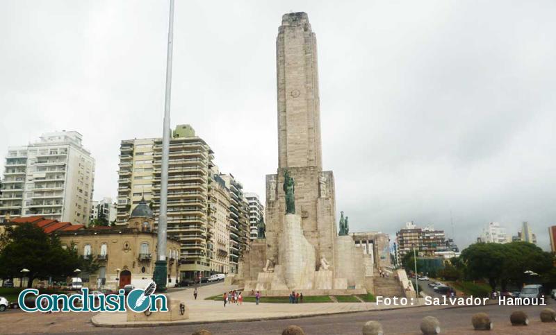 Monumento-día-Nublado_editada