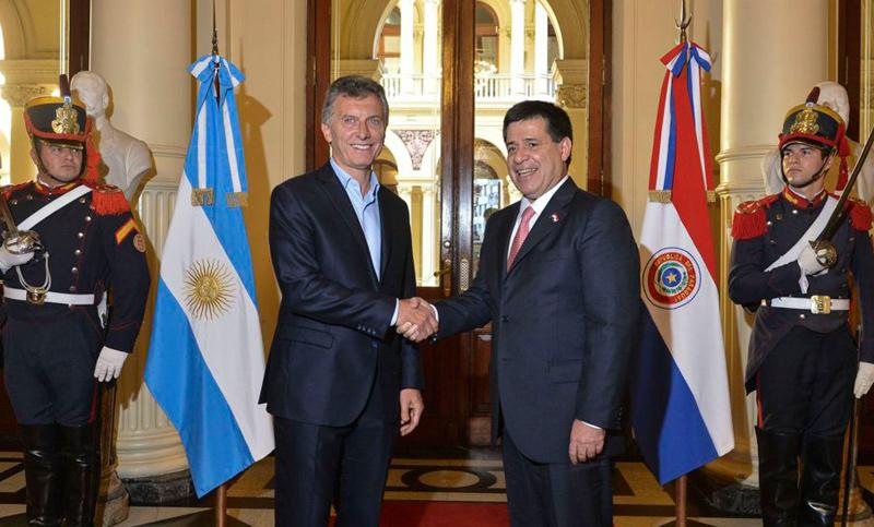 Buenos Aires fué fundada por paraguayos