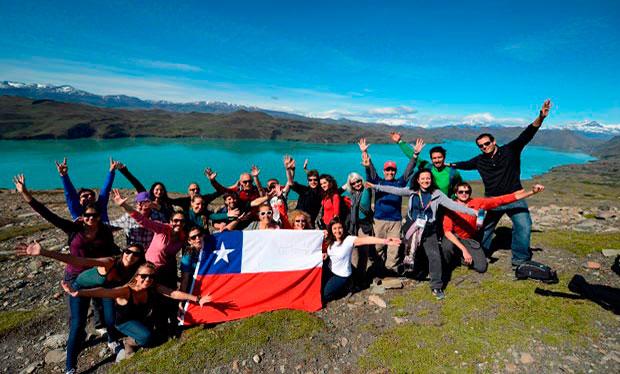 Resultado de imagen para turistas en chile