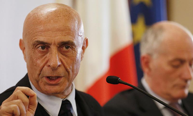 Europa rechaza compartir con italia la apertura de puertos for El ministro de interior
