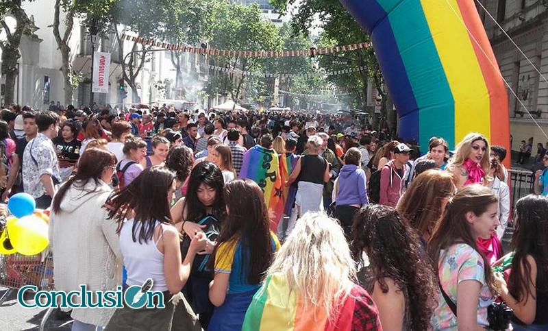 Unas 100 Mil Personas Participaron De La Marcha Por El Orgullo Gay