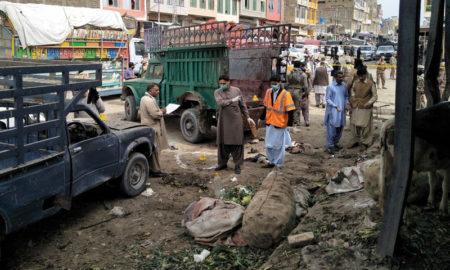 Una bomba en un mercado paquistaní dejó 16 muertos