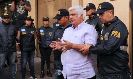 Samid llegó a Comodoro Py esposado y custodiado