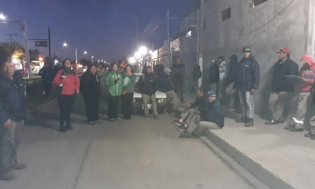 Trabajadores municipales de Timbúes exigen que se reincorpore a dos despedidos