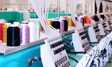 La producción de indumentaria cayó 18,9% interanual en abril