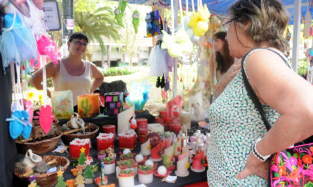Feria plaza Sarmiento